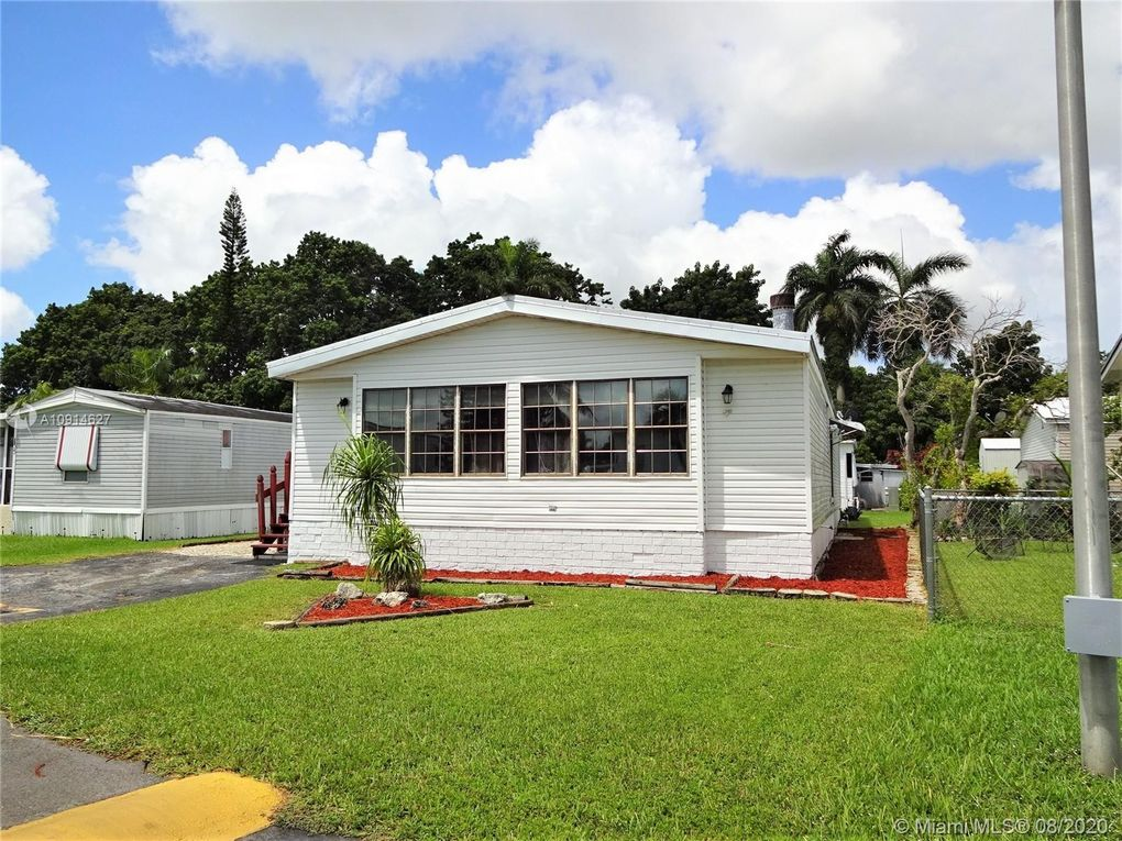 35250 SW 177th Ct Unit 136 Homestead, FL 33034