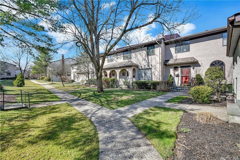 140 Somerset Dr Suffern, NY 10901