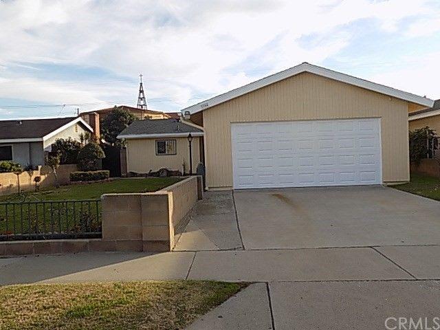 1744 E 215th Pl Carson, CA 90745
