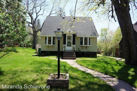 Photo of 118 E Wabasha Ave, Duluth, MN 55803