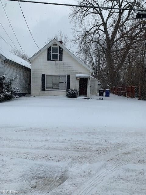5816 Gertrude Ave Cleveland, OH 44105