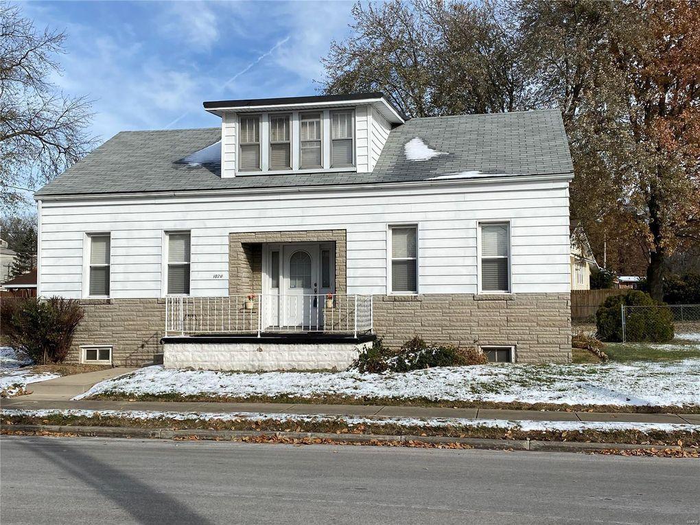 1020 Freeburg Ave Belleville, IL 62220