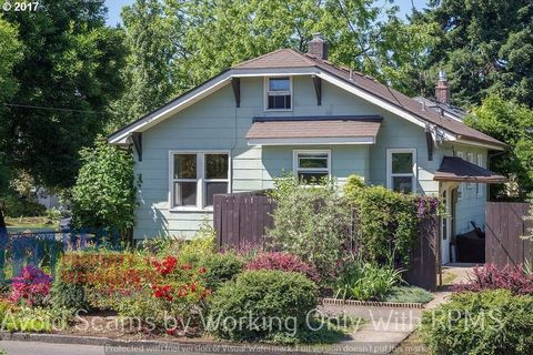 Photo of 6806 N Concord Ave, Portland, OR 97217
