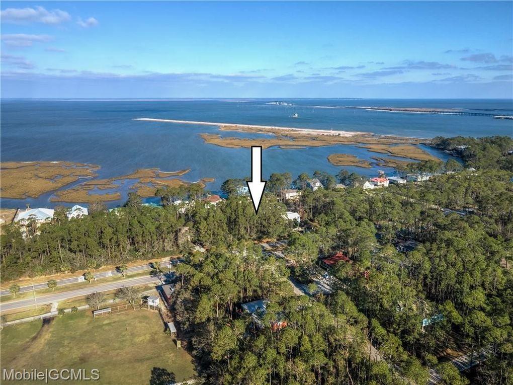 1426 Bienville Blvd Dauphin Island, AL 36528