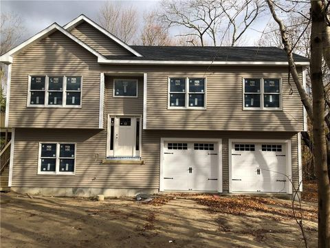 Photo of 606 Slocum Rd, North Kingstown, RI 02874