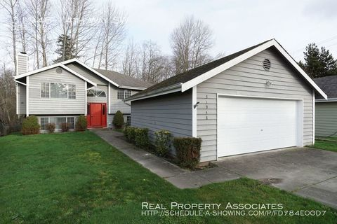 Photo of 31948 14th Way Sw, Federal Way, WA 98023