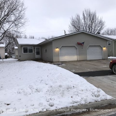 Photo of 353 Stanley Ct, Neenah, WI 54956
