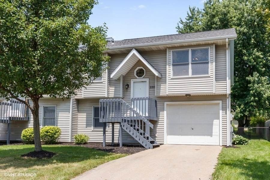 2209 10th St Coralville, IA 52241
