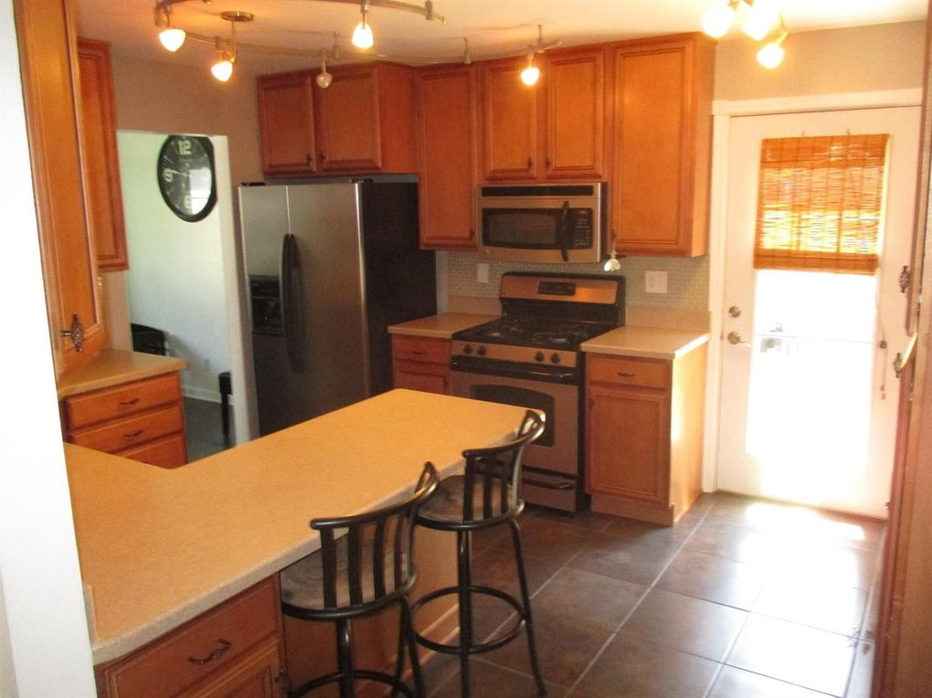 3484 W Lakeshore Dr Crown Point In 46307 Realtor Com