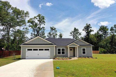 Photo of 523 Parkside Cir, Crawfordville, FL 32327