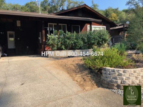Photo of 336 Triplett Dr, Cloverdale, CA 95425