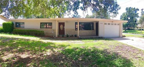 Photo of 202 Windemere Ave, Eustis, FL 32726