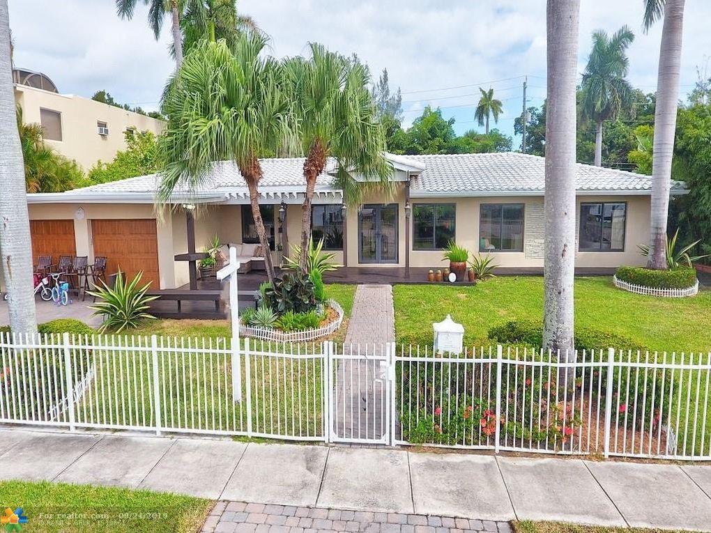 711 N Northlake Dr Hollywood, FL 33019