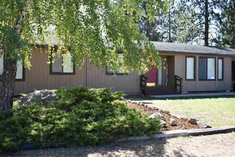 Photo of 17527 Jack Rabbit Rd, Weed, CA 96094