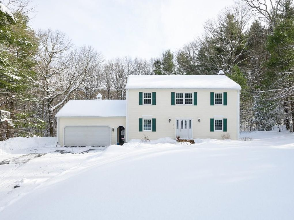 39 Breakneck Rd Sturbridge, MA 01566