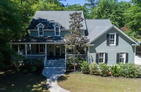Photo of 19 Walling Grove Rd, Beaufort, SC 29907