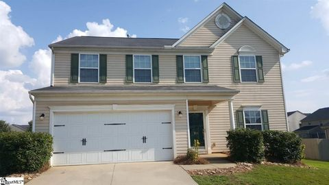 Photo of 101 Chestatee Ct, Simpsonville, SC 29680
