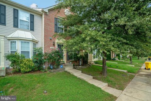 Photo of 1518 Falling Brook Ct, Odenton, MD 21113