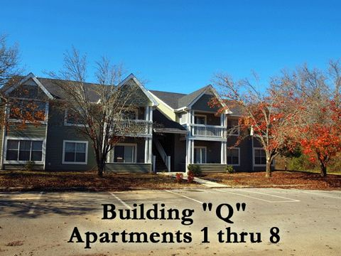 Photo of 430 Oriole Dr Apt Q3, McMinnville, TN 37110