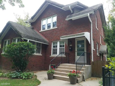 Photo of 4109 N Stowell Ave, Shorewood, WI 53211