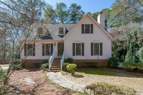 Photo of 4156 Westerleigh Ct, Peachtree Corners, GA 30092