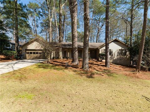 Photo of 1295 Northshore Dr, Roswell, GA 30076