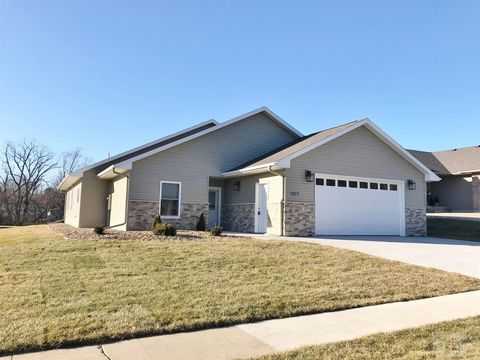 Photo of 1207 S 7th Ave, Marshalltown, IA 50158