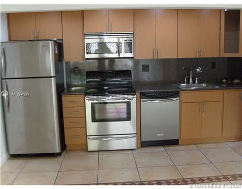 Photo of 4540 Nw 79th Ave Apt 1 A, Doral, FL 33166
