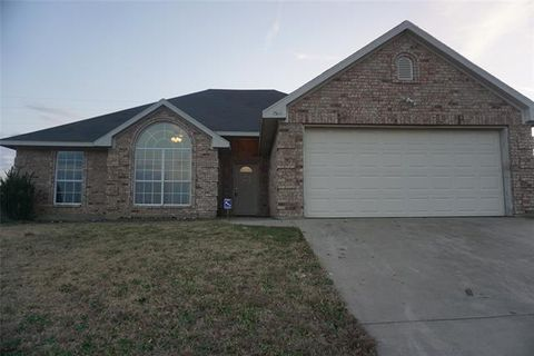 Photo of 1522 Timbercreek Dr, Howe, TX 75459