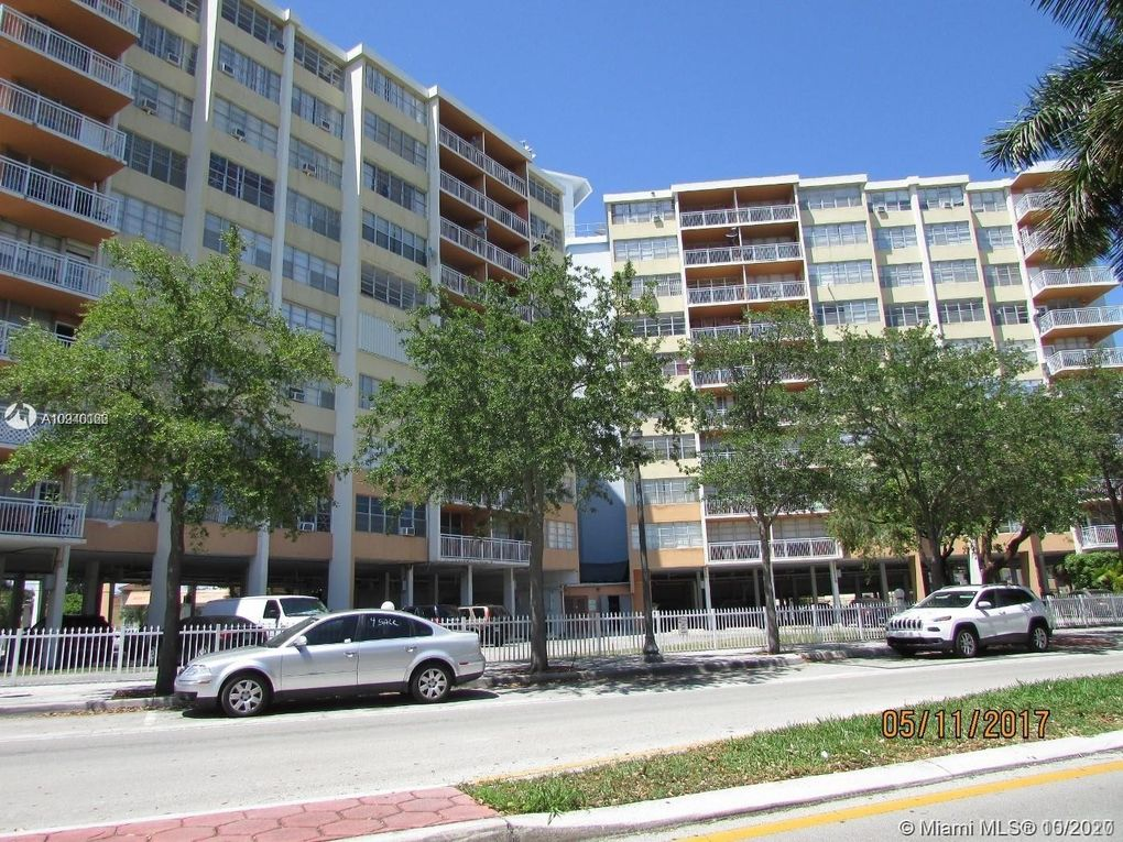 2025 NE 164th St Apt 408 North Miami Beach, FL 33162