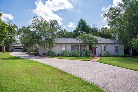 North Oakwood Bryan,Texas <br><img src=