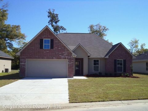 Photo of 16220 Old Samuel Dr, Prairieville, LA 70769