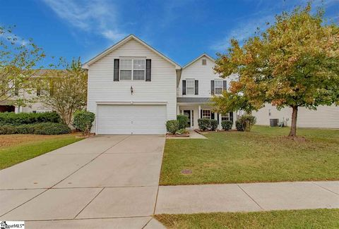 Photo of 14 Buckhead Ln, Simpsonville, SC 29681