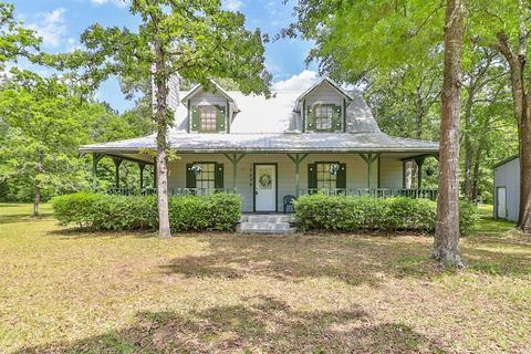 With Wrap Around Porch Homes For Sale In Waller Tx Realtor Com