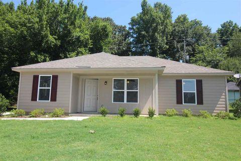 Photo of 3825 Lake Park Cv, Memphis, TN 38127