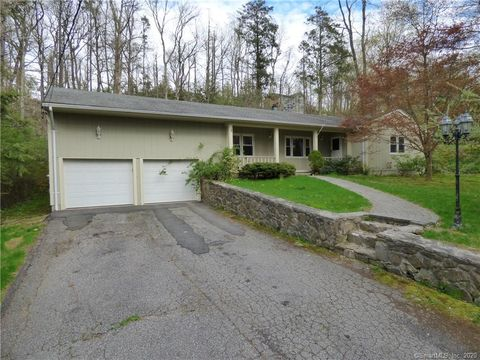 Photo of 3 Terrace Dr, Sherman, CT 06784