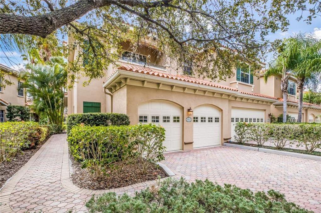 3613 Square Ln W Unit 17 Sarasota, FL 34238