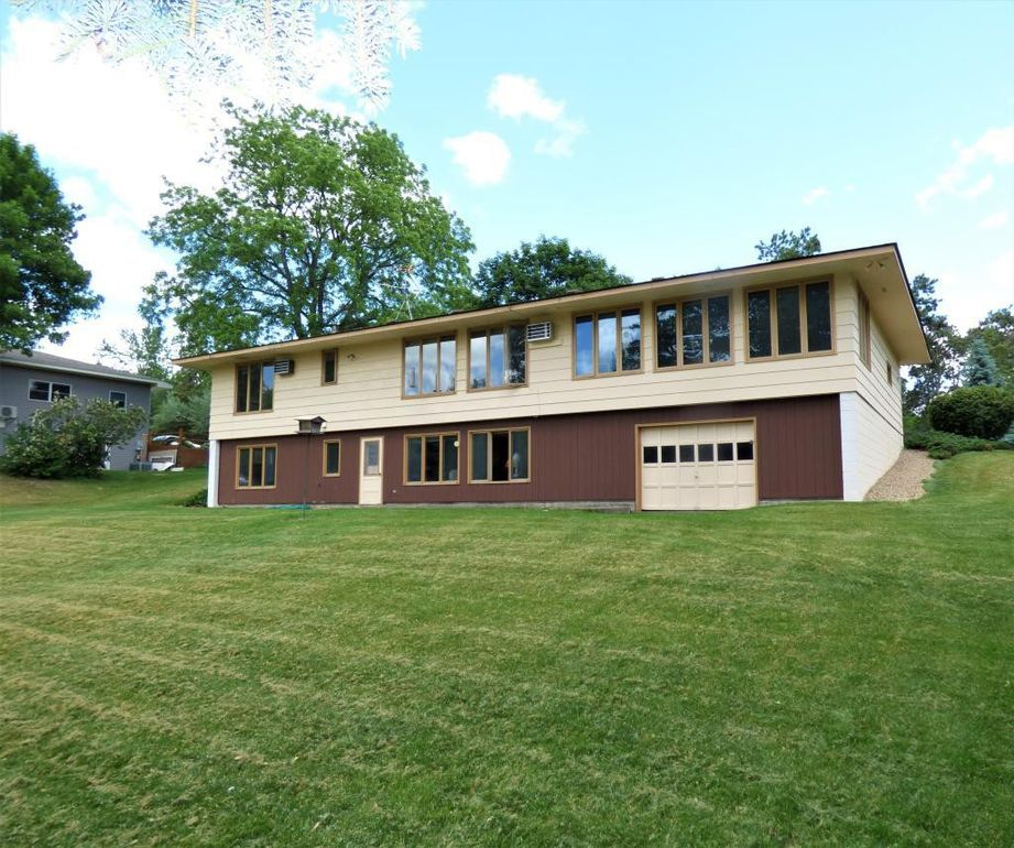 18930 Concord St NW Elk River, MN 55330
