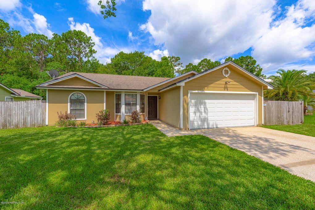8134 Pineverde Ln Jacksonville, FL 32244
