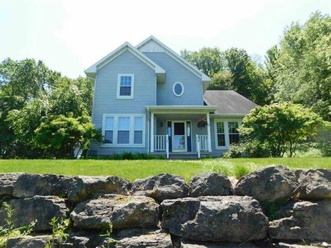 Photo of 765 Westbrook Dr, Plain, WI 53577