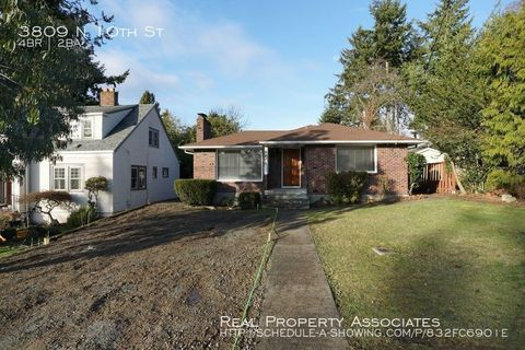 Photo of 3809 N 10th St, Tacoma, WA 98406