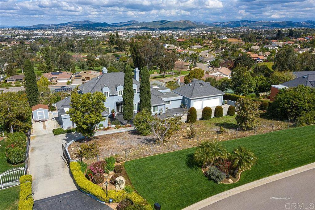 1737 LA Plaza Dr San Marcos, CA 92078