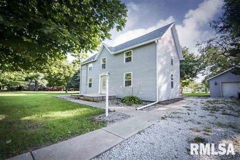 Photo of 114 S Detweiller St, Congerville, IL 61729