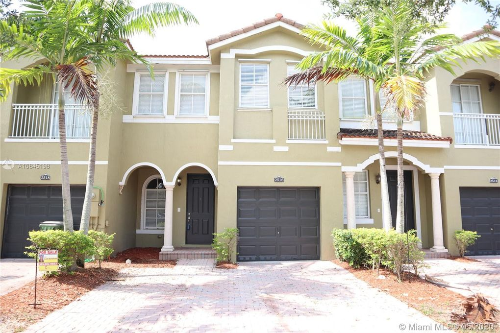2516 SE 15th Ct Homestead, FL 33035