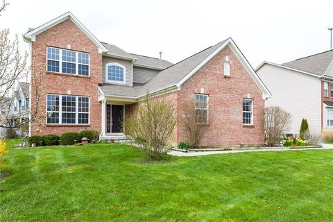 Photo of 6240 Eagle Lake Dr, Zionsville, IN 46077