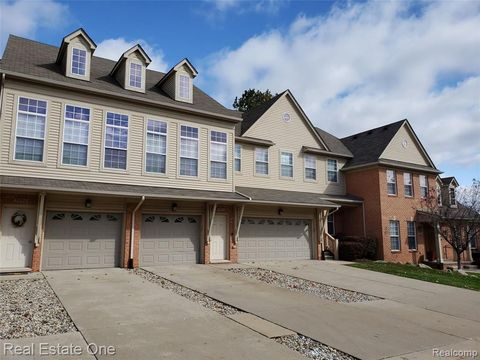 Photo of 5211 Mesa Dr, Shelby Township, MI 48316