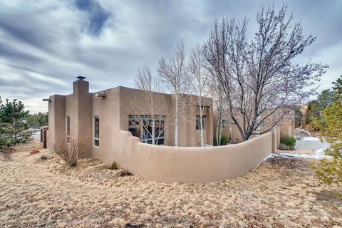 Photo of 2253 Espejo Pl, Santa Fe, NM 87505