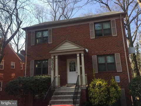 Photo of 8320 Roanoke Ave Apt 5, Takoma Park, MD 20912