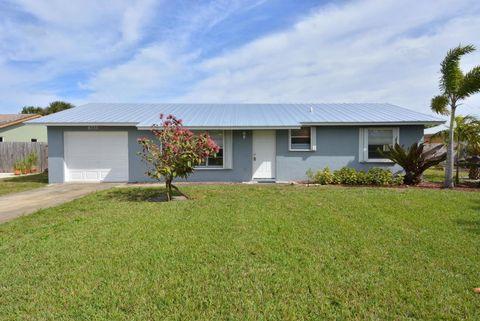Photo of 8735 Se Keathley Ct, Hobe Sound, FL 33455