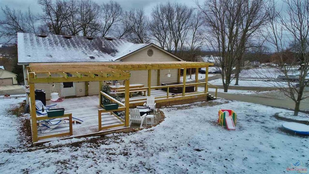 26667 Sweetberry Dr Warsaw, MO 65355